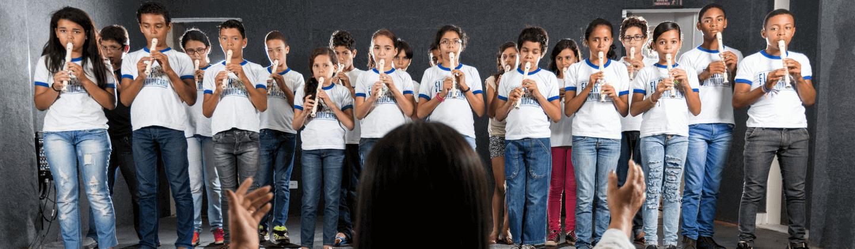 Escola de Música Flor de Mandacaru incentiva novos talentos