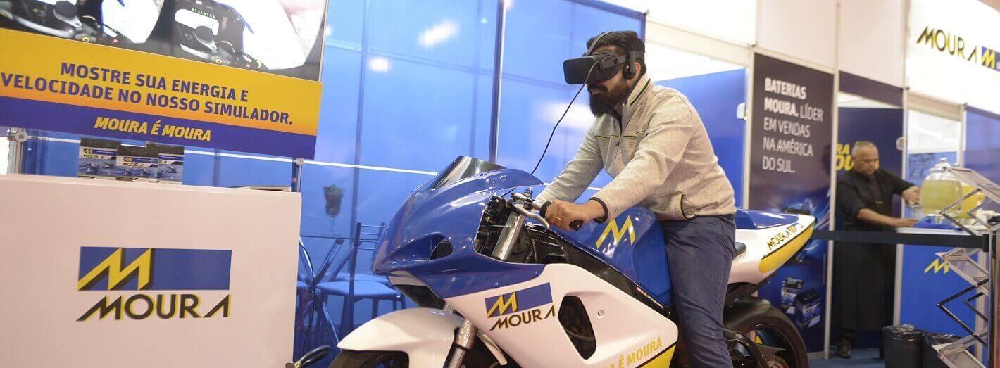 Simulador Moura no X Salão Nacional e Internacional das Motopeças